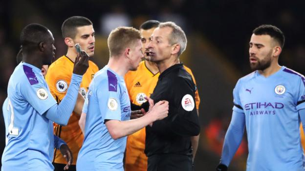 Wolves v Man City: Fans warned after object thrown at players