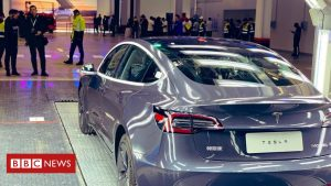 Tesla delivers its first 'Made in China' cars