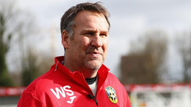 Paul Merson: Ex-England midfielder talks about his mental health struggles